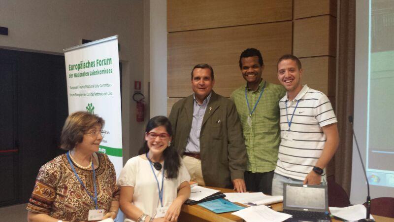 Delegación Española tras la presentación