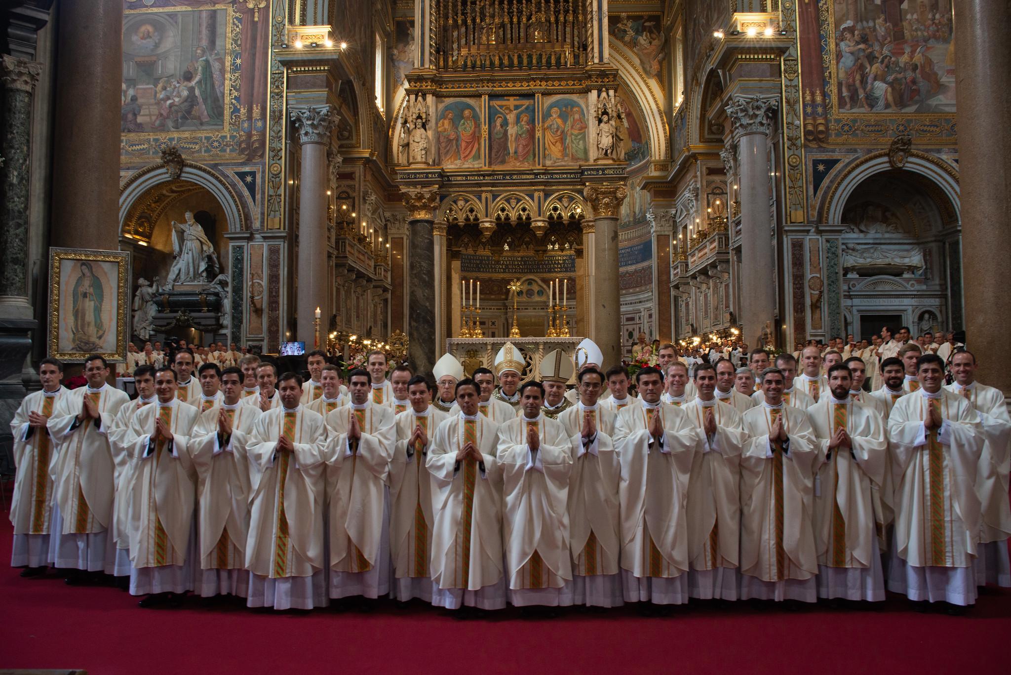Los 37 nuevos sacerdotes legionarios de Cristo_2019